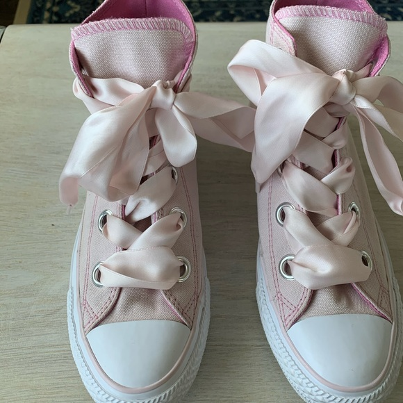how long are chuck taylor laces